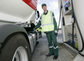 Автомобилисты выйдут на всероссийскую акцию против подорожания бензина