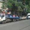 Петербургский депутат предложил водителям самим везти автомобиль на штрафстоянку