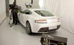 Aston Martin V8 Vantage S. Фото на память