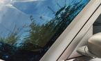 «Синие ведерки» советуют водителям снять тонировку до вступления закона