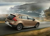 Кросс-хетчбэк Volvo V40 Cross Country получит двигатели Drive-E
