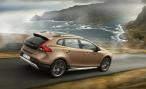 Кросс-хетчбэк Volvo V40 Cross Country получит двигатели Drive-E