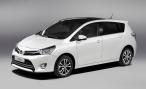 В России стартовали продажи обновленного компактвэна Toyota Verso