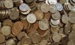 Житель Кургана 2 месяца выплачивал дорожные штрафы копеечными монетами