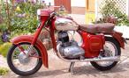 Нашел в гараже ничейный мотоцикл. Можно ли его зарегистрировать на свое имя?