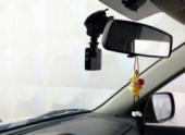 Депутат Госдумы Нилов хочет сделать автомобильный видеорегистратор обязательным