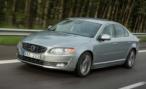 В Петербурге несовершеннолетний сын депутата на Volvo S80, паркуясь, разбил шесть машин