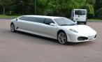 Украинские мастера сделали лимузин Ferrari из купе Peugeot