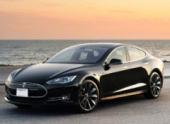 «Тесла» отзывает все Tesla Model S