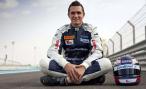 Российский гонщик Михаил Алешин попал в аварию в гонке IndyCar в Индианаполисе