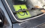 За инвалидами закрепили место — новый закон