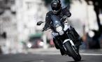 Отобрали права на мотоцикл. Можно ли обучиться и водить автомобиль?