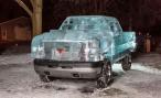 Канадцы построили действующий грузовик с кузовом изо льда