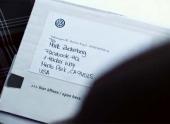 Volkswagen подарил Марку Цукербергу кофту. За преданность марке