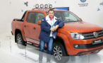 Президент вручил Алексею Воеводе орден, Volkswagen — Amarok Canyon
