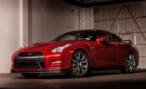 2014 Nissan GT-R. В России от 4 620 000 рублей