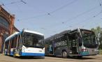 В Петербурге показали троллейбус, который умеет ездить без проводов