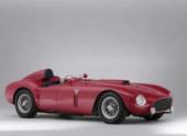 На аукционе в Англии Ferrari 375-Plus продали за рекордные $18,2 млн