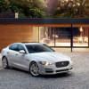 В Jaguar Land Rover Россия назвали начальную спортивного седана Jaguar XE