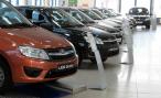 Продажи автомобилей продолжают падать. Есть последние данные