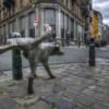 Знаменитая «Писающая собака» попала в ДТП в центре Брюсселя