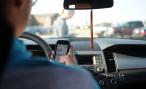 А вы разговариваете по мобильному за рулем? — опрос