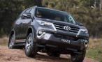 Внедорожник Toyota Fortuner. Теперь и с бензиновым мотором
