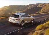 Volkswagen Touareg получил в России новый мощный двигатель
