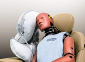 В Hyundai разработали центральную подушку безопасности