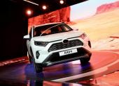 Новая Toyota RAV4 встала на конвейер в Петербурге