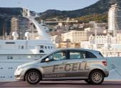 Mercedes-Benz B-class на водородных элементах «погиб» в степях Казахстана