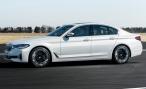 Обновленный BMW 5-Series представлен официально