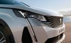 Обновленный Peugeot 3008 стал еще более выразительным и элегантным