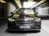 Обновленный Mercedes-Benz S-class. Непохожий, но узнаваемый