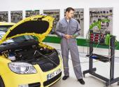 Чем занимается автоэлектрик?