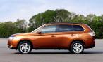 Российские дилеры принимают заказы на новый Mitsubishi Outlander