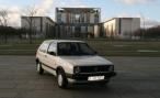 Volkswagen Golf Ангелы Меркель не вызвал ажиотажа на интернет-аукционе