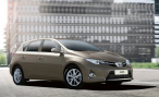 Объявлены комплектации и цены на новый Toyota Auris