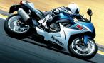 Suzuki останавливает производство мотоциклов в Испании