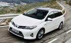 2013 Toyota Auris Touring Sports. Аурис-вагон