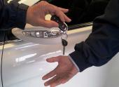 На что надо обращать внимание при покупке автомобиля у юридического лица?