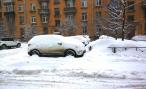 Почему необходимо откапывать автомобиль из-под снега сразу после снегопада