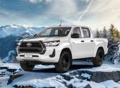 Пикап Toyota Hilux получил бензиновый двигатель