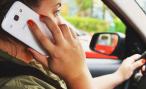 Штраф за разговор по мобильному за рулем может вырасти до трех тысяч рублей