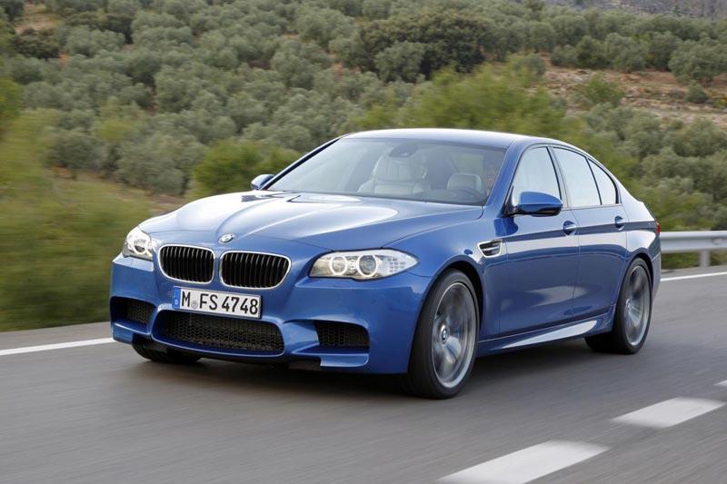 2012 BMW M5 (F10)