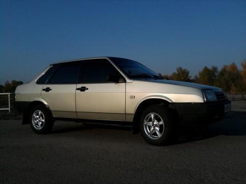 ВАЗ-21099