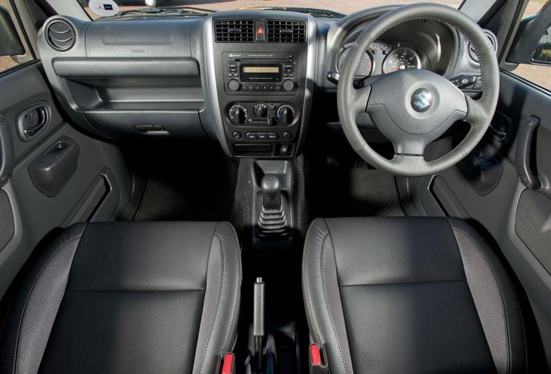 2013 Suzuki Jimny (UK версия, правый руль)