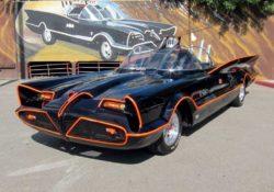 1966 Lincoln Futura, Бэтмобиль