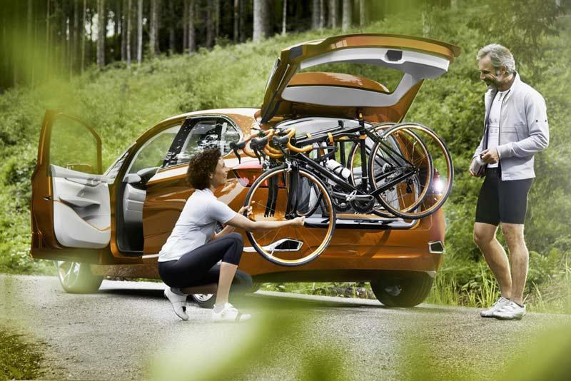 BMW Concept Active Tourer Outdoor (велосипеды)