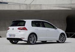 2013 Volkswagen Golf R-Line